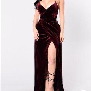 Fashion nova maxi velvet dress